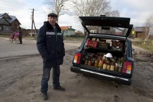 Премьер Дмитрий Медведев поручил освободить малый бизнес от антимонопольного преследования