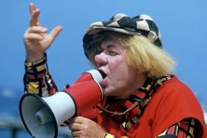 Суд в Петербурге не стал рассматривать спор о гастролях клоуна Попова