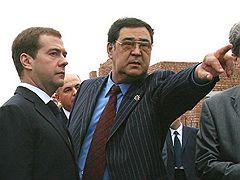 Губернатор Кузбасса попросил премьера остановить рост цен на бензин