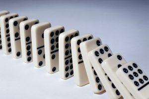 Эффект домино: суды начали сносить «произвольные» решения ФАС по закупкам