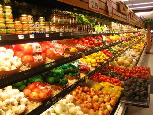 Госзакупки продуктов: цены отличаются в разы