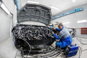 ФАС наказала предпринимателей за «таран» на торгах по ремонту автомобилей для главы Бурятии